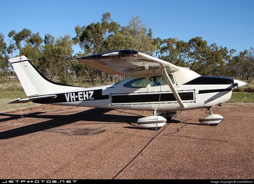 VH-EHZ - Cessna 182M Skylane - Private