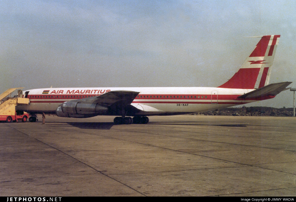 3B-NAF - Boeing 707-344B - Air Mauritius