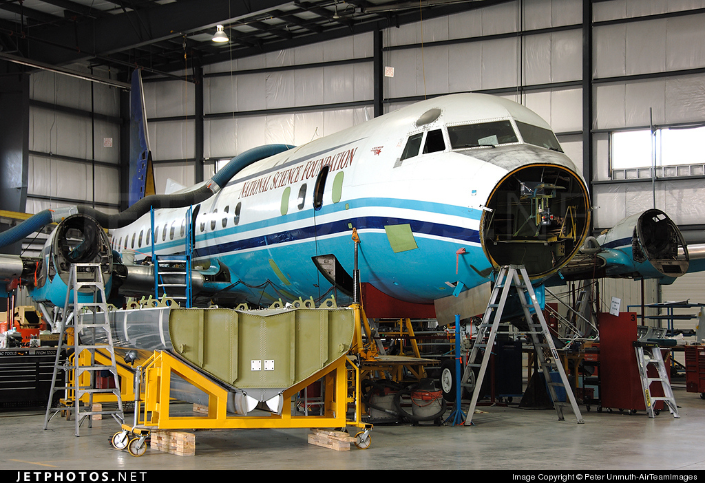 C-FLXT - Lockheed L-188C Electra  - Air Spray