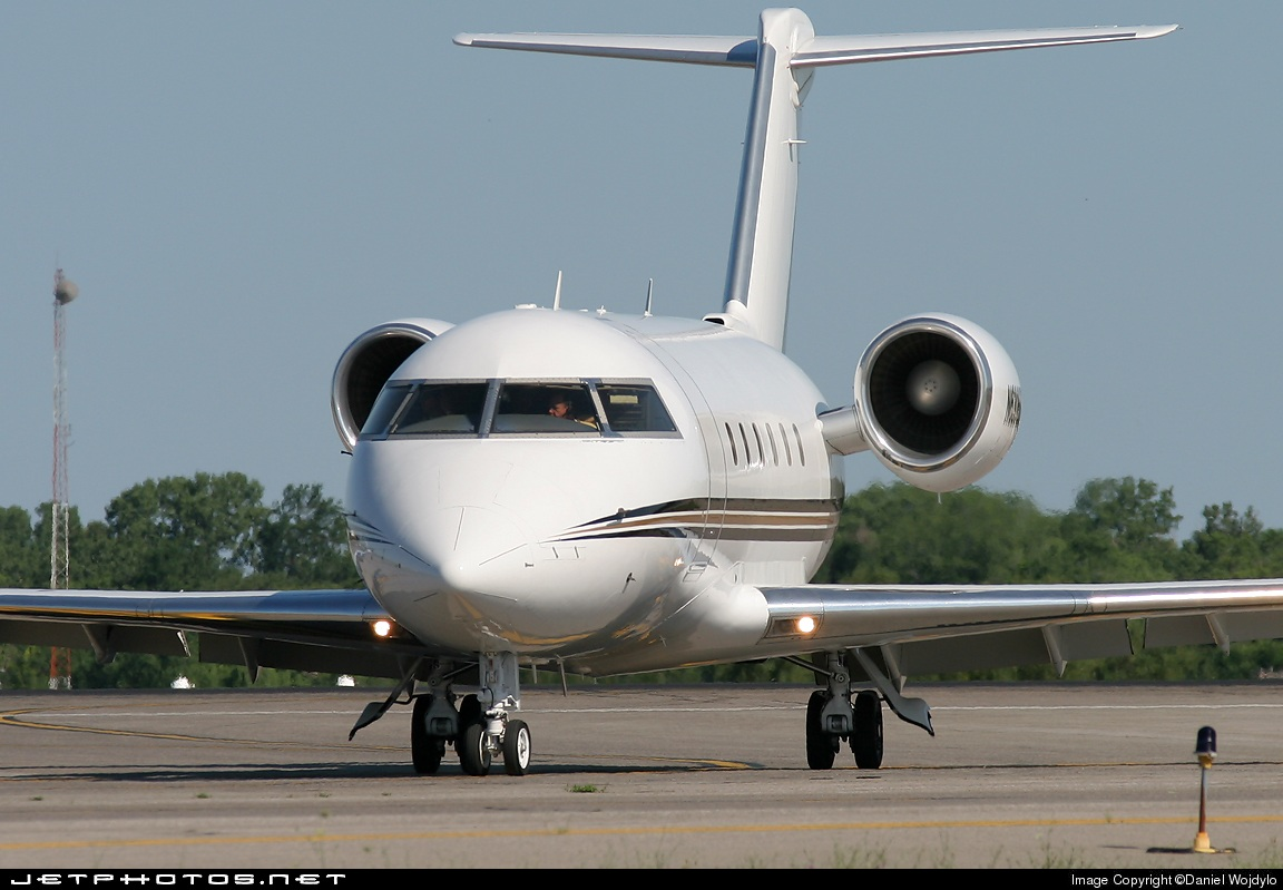 N630BB - Bombardier CL-600-2B16 Challenger 604 - Private