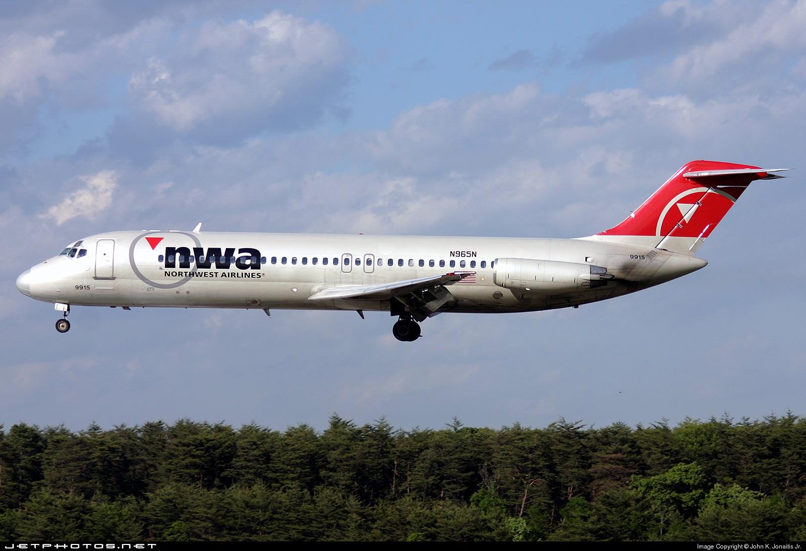 N965N - McDonnell Douglas DC-9-31 - Northwest Airlines