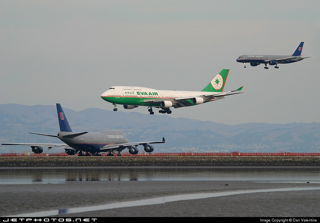 B-16463 - Boeing 747-45E(M) - Eva Air