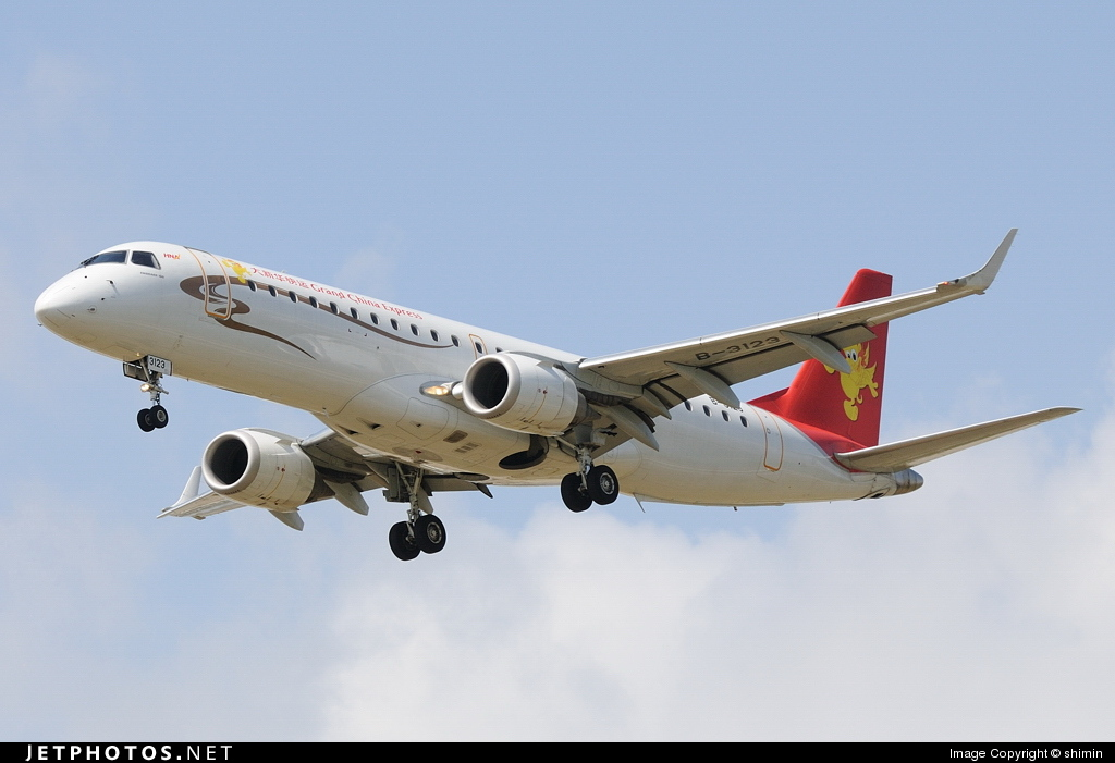 B-3123 - Embraer 190-100IGW - Grand China Express