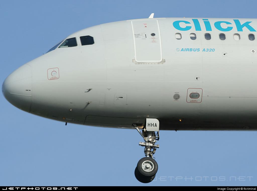 EC-HHA - Airbus A320-214 - Clickair