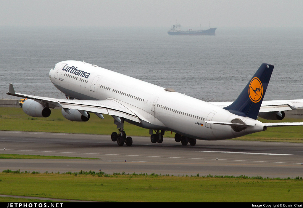 D-AIFB - Airbus A340-313X - Lufthansa