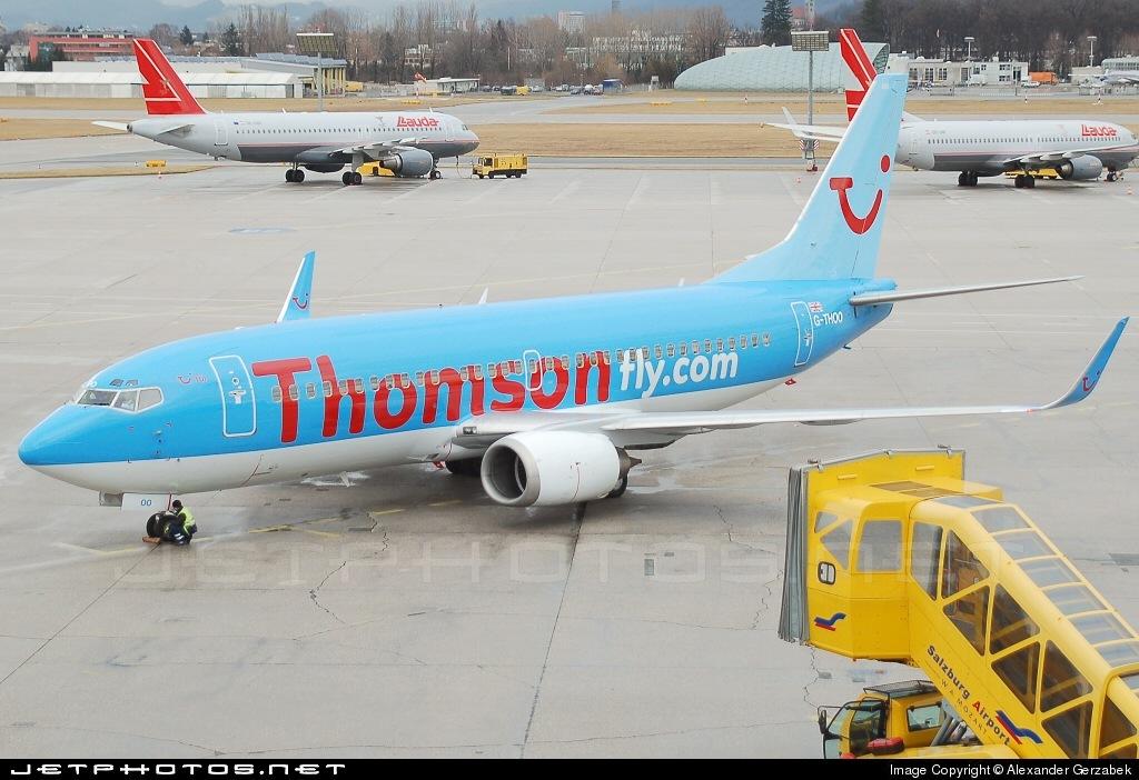 G-THOO - Boeing 737-33V - Thomsonfly