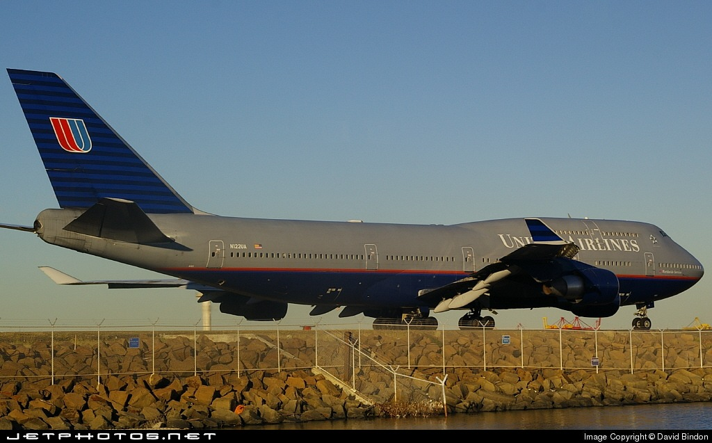 N122UA - Boeing 747-422 - United Airlines