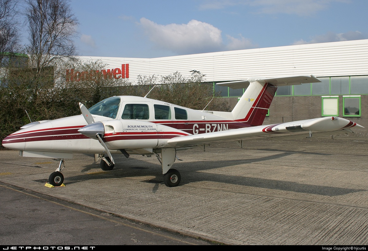 G-BZNN - Beechcraft 76 Duchess - Private