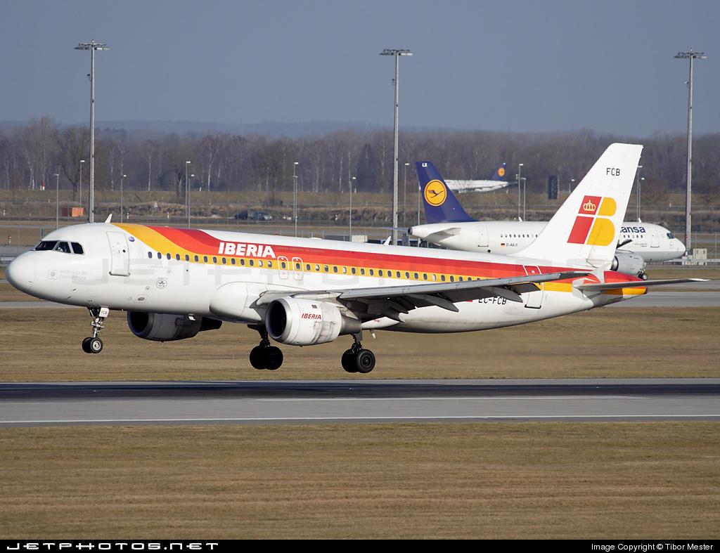 EC-FCB - Airbus A320-211 - Iberia