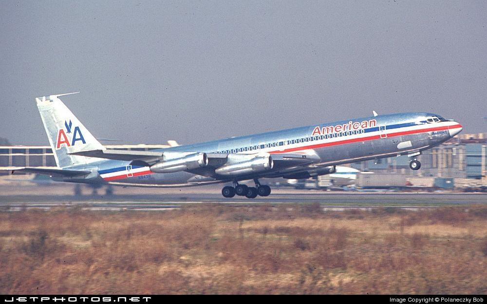 N8438 - Boeing 707-323B - American Airlines