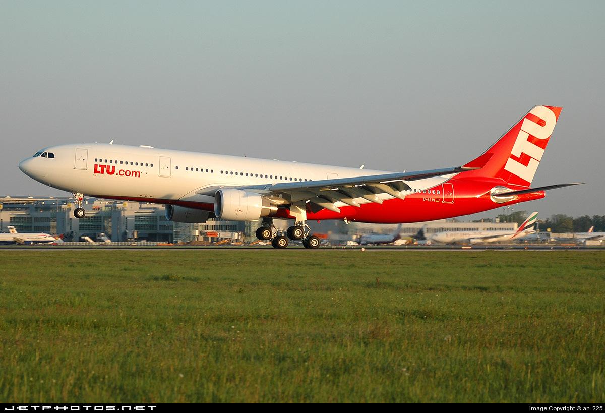 D-ALPI - Airbus A330-223 - LTU