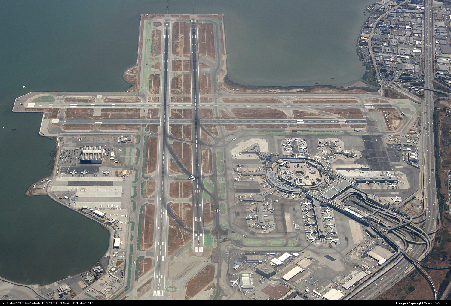 KSFO - Airport - Airport Overview