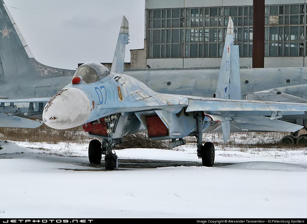 07 - Sukhoi Su-27 Flanker - Russia - Air Force