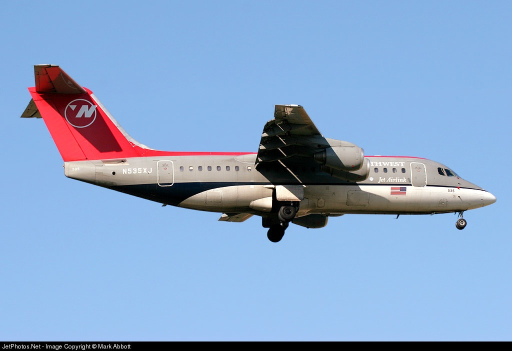 N535XJ - British Aerospace Avro RJ85 - Northwest Airlink (Mesaba Airlines)