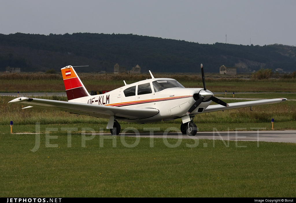 OE-KLM - Piper PA-24-250 Comanche - Private