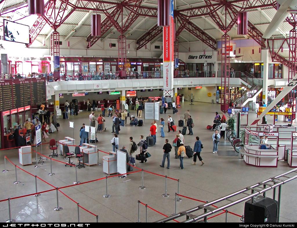 EPWA - Airport - Terminal