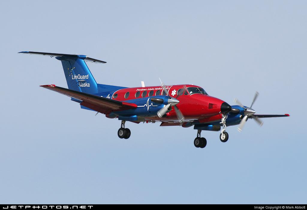 N145LG - Beechcraft B200 Super King Air - Private
