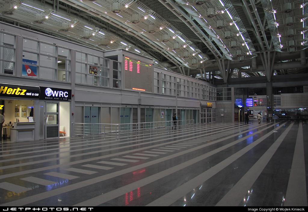 LTFJ - Airport - Terminal