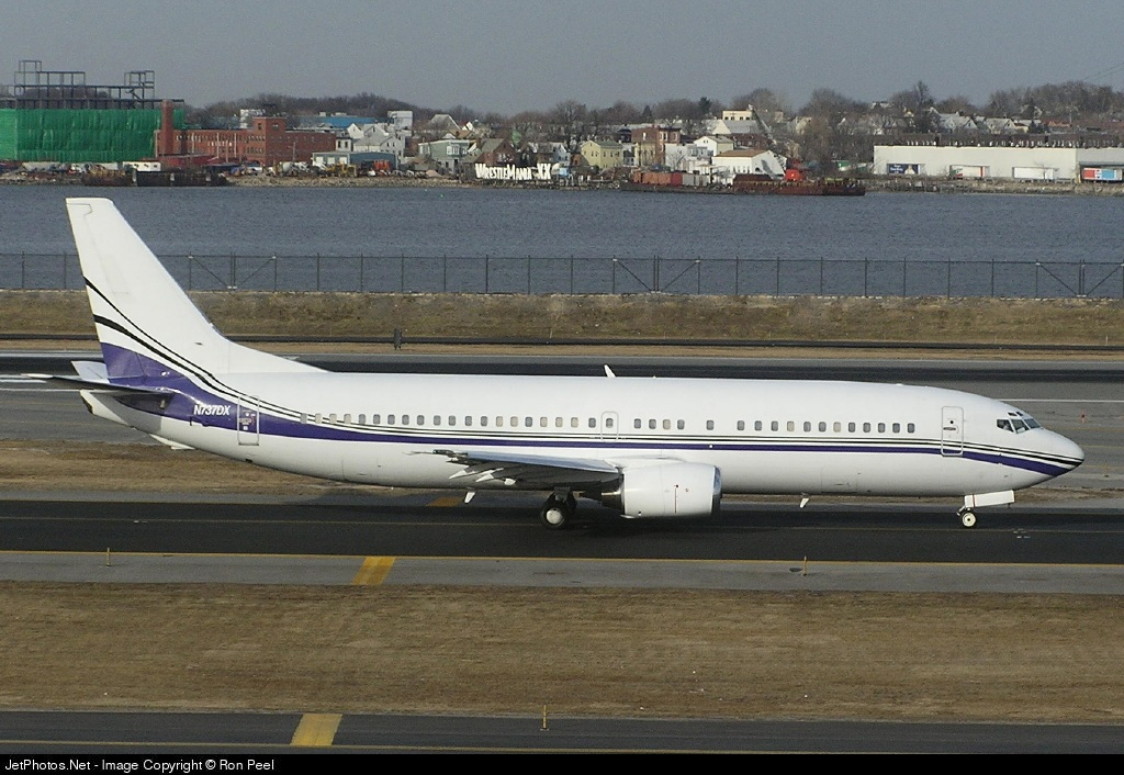 N737DX - Boeing 737-408 - SportsJet