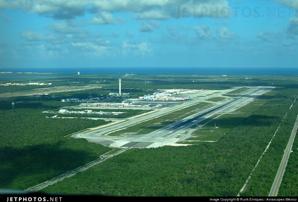 MMUN - Airport - Airport Overview