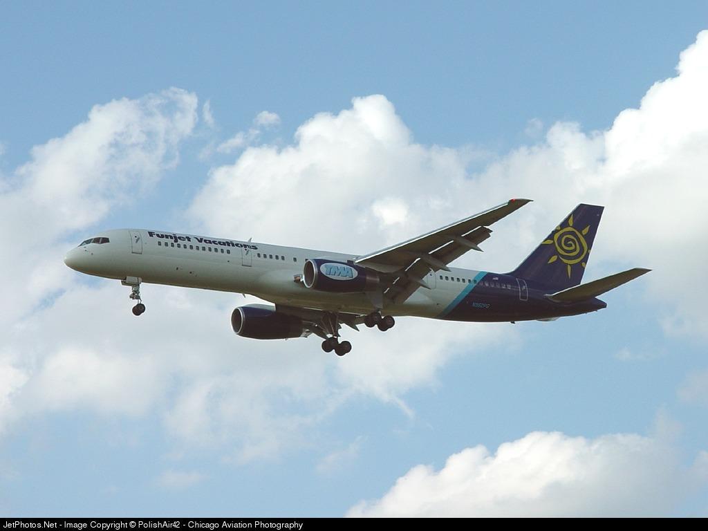 N952PG  Boeing 757236  Funjet Vacations TransMeridian