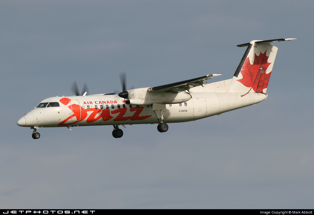 C-GHTA - Bombardier Dash 8-301 - Air Canada Jazz