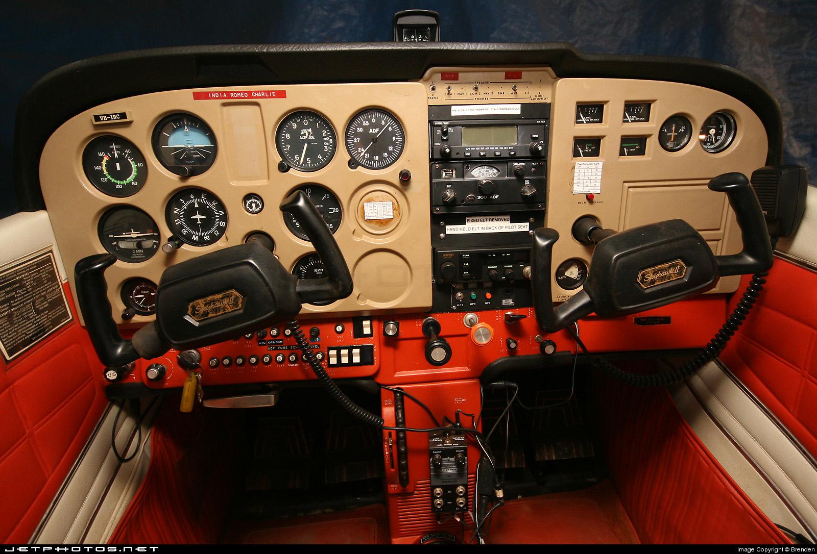 VH-IRC - Cessna 172M Skyhawk - Private