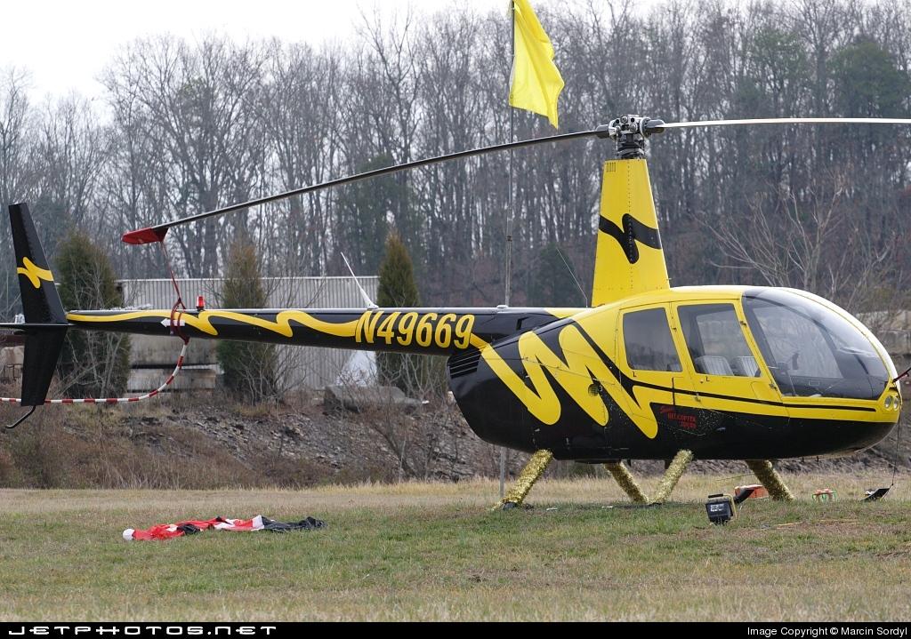 N49669 - Robinson R44 Astro - Private