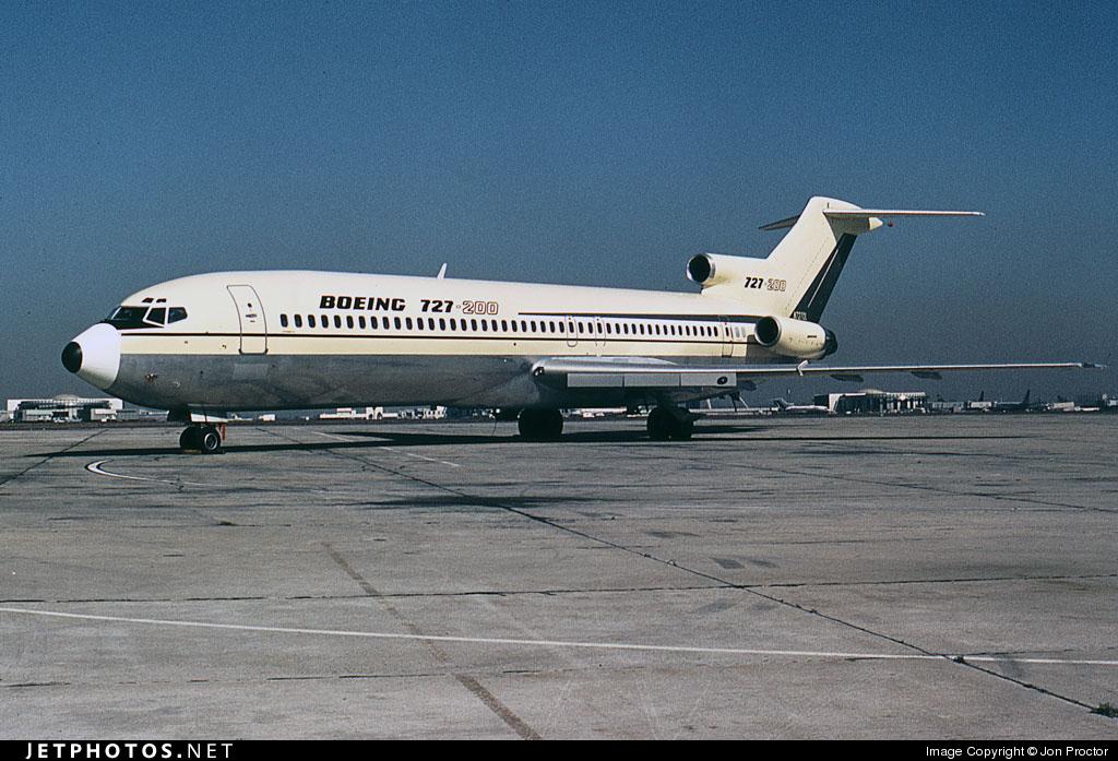 N7270L - Boeing 727-200 - Boeing Company
