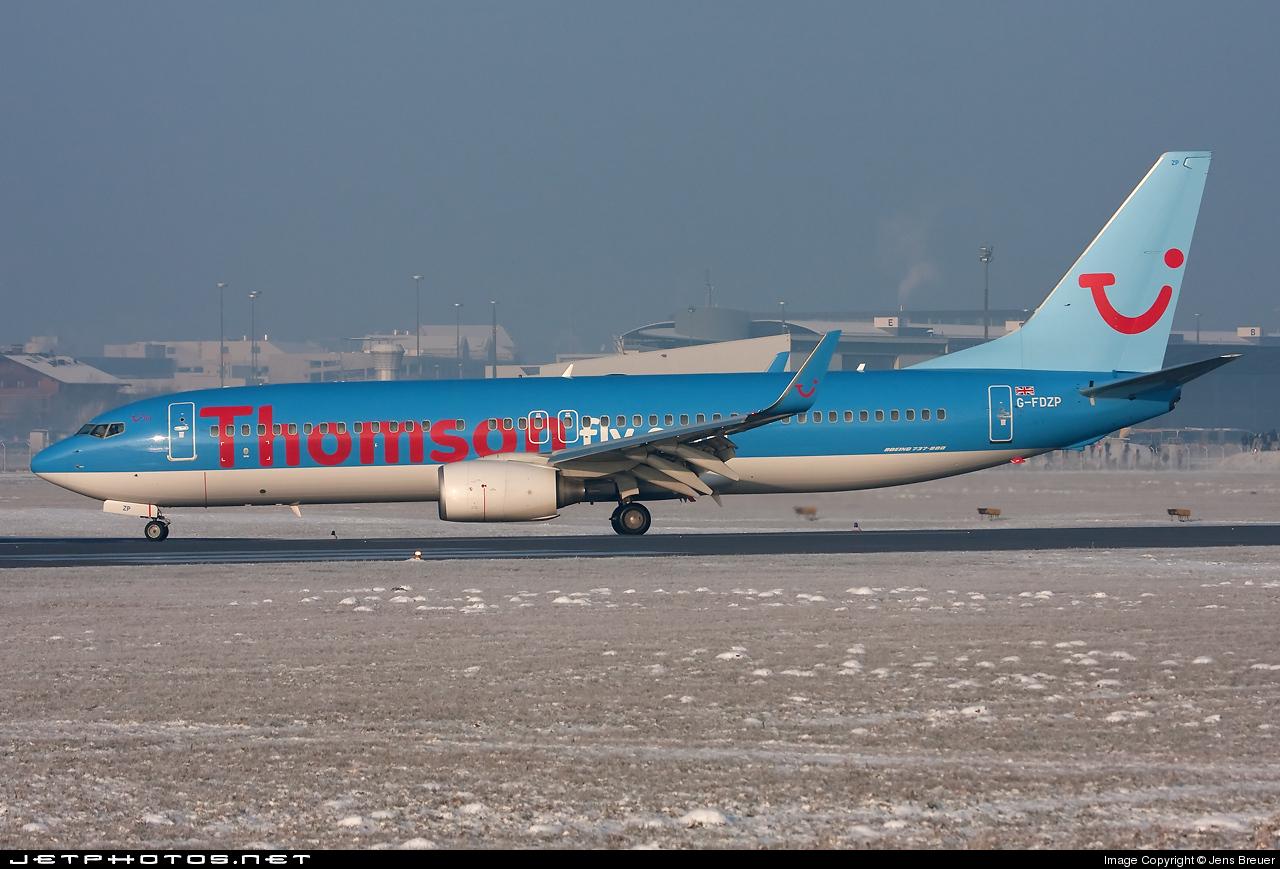 G-FDZP - Boeing 737-8K5 - Thomsonfly