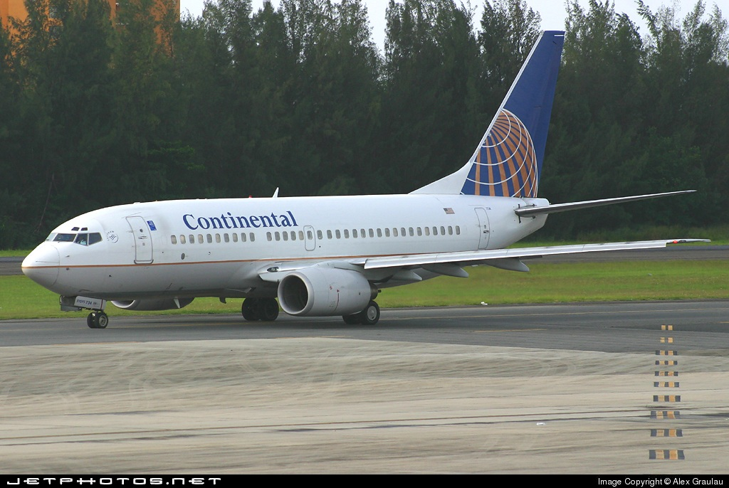 N27734 - Boeing 737-724 - Continental Airlines