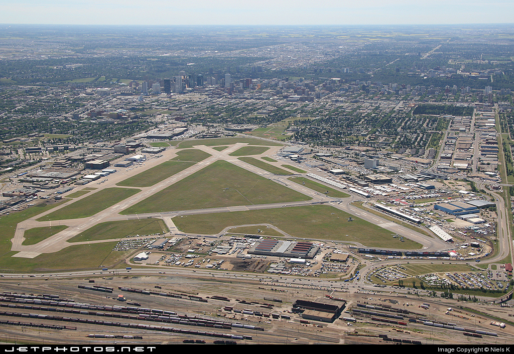 CYXD - Airport - Airport Overview