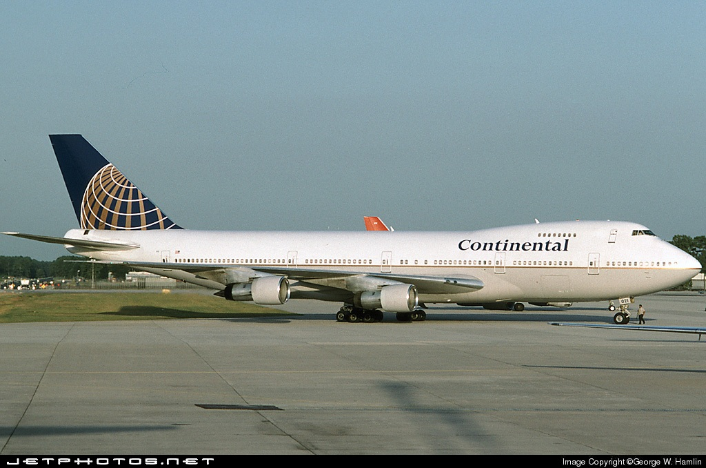 N33021 - Boeing 747-243B - Continental Airlines