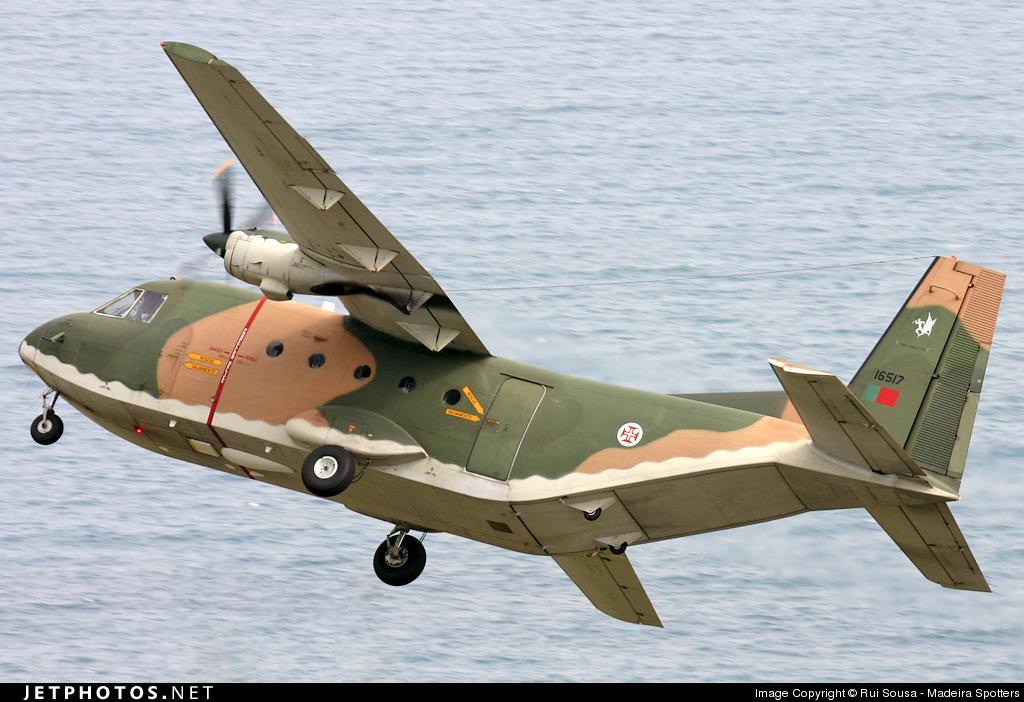16517 - CASA C-212-100 Aviocar - Portugal - Air Force