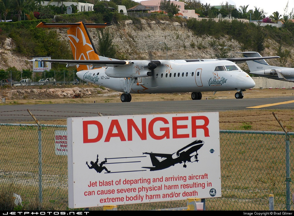 V2-LGD - Bombardier Dash 8-311 - Caribbean Star Airlines