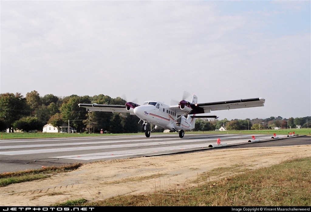 N204EH - De Havilland Canada DHC-6-200 Twin Otter - Private