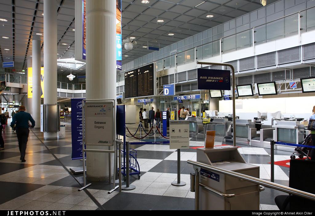 EDDM - Airport - Terminal