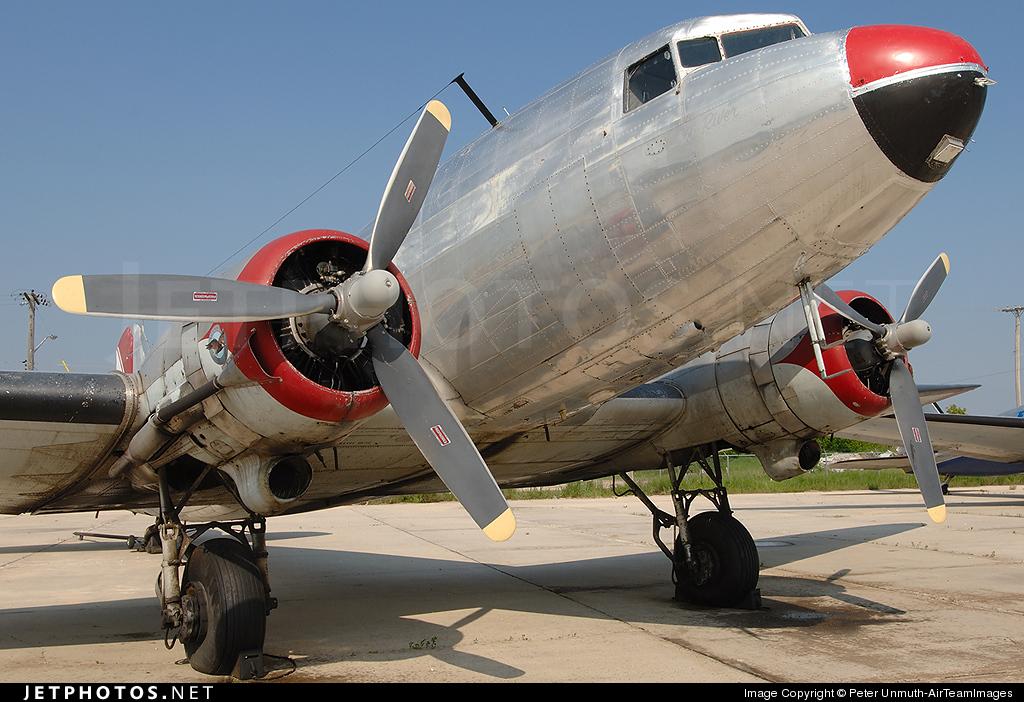 CF-QHY - Douglas DC-3 - Plummers Lodge