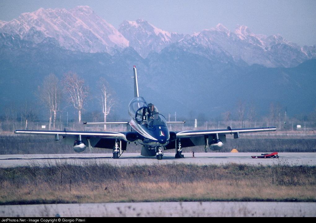 - Aermacchi MB-339PAN - Italy - Air Force