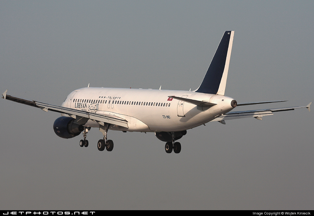 TS-IND - Airbus A320-211 - Libyan Airlines (Nouvelair)