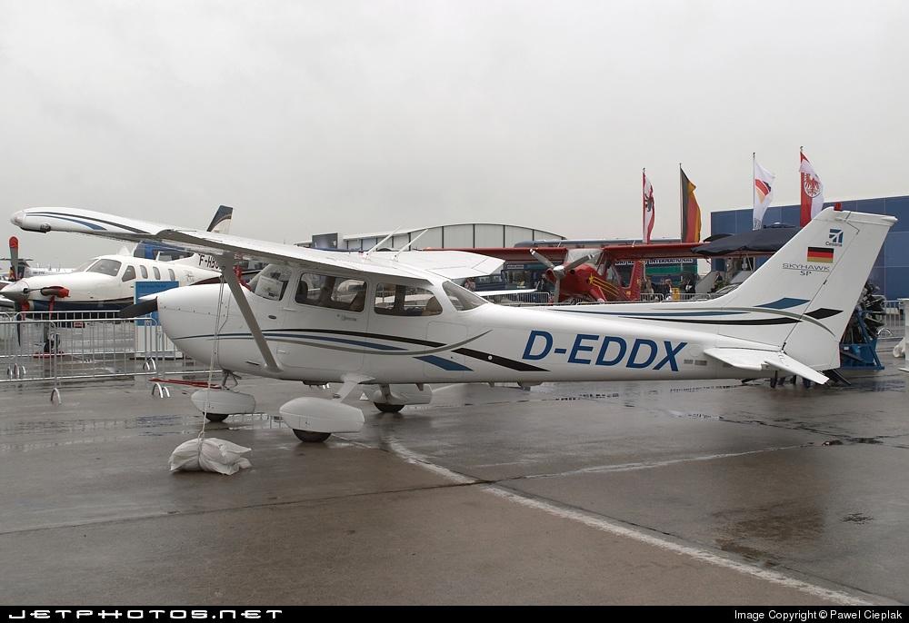 D-EDDX - Cessna 172S Skyhawk SP - Private