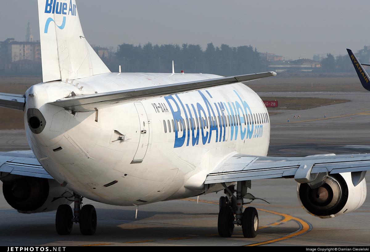 YR-BAA - Boeing 737-33A - Blue Air