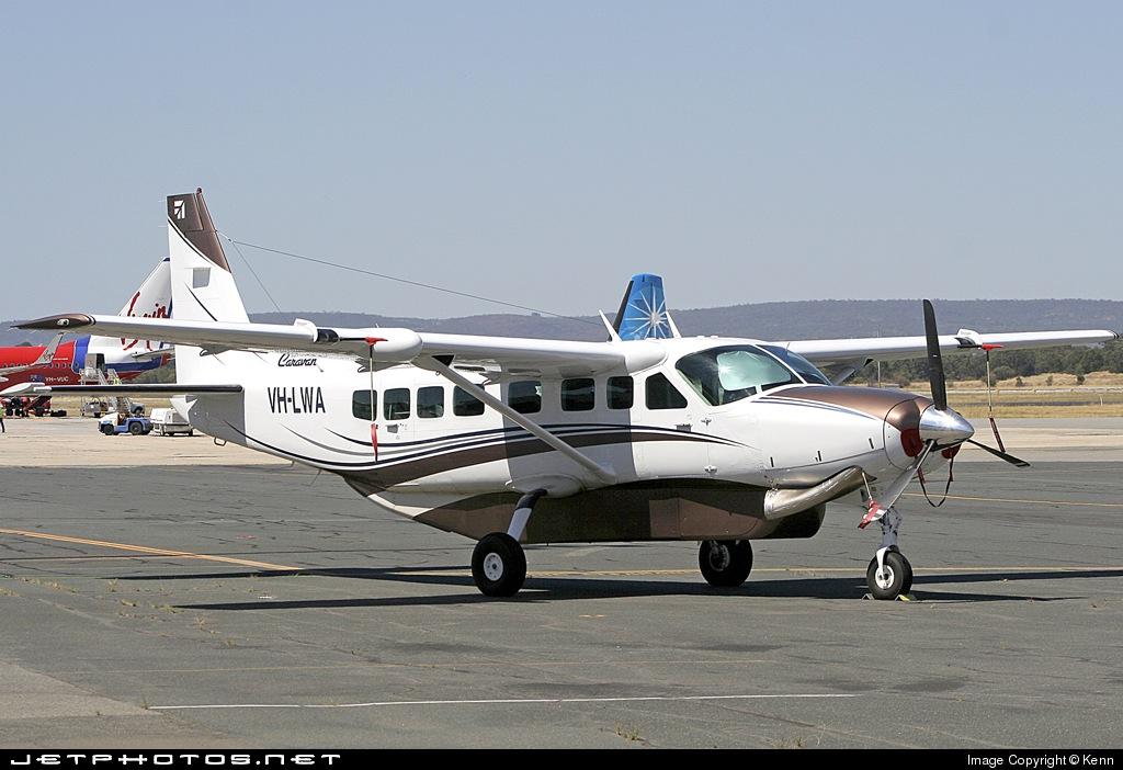 VH-LWA - Cessna 208B Grand Caravan - Avwest