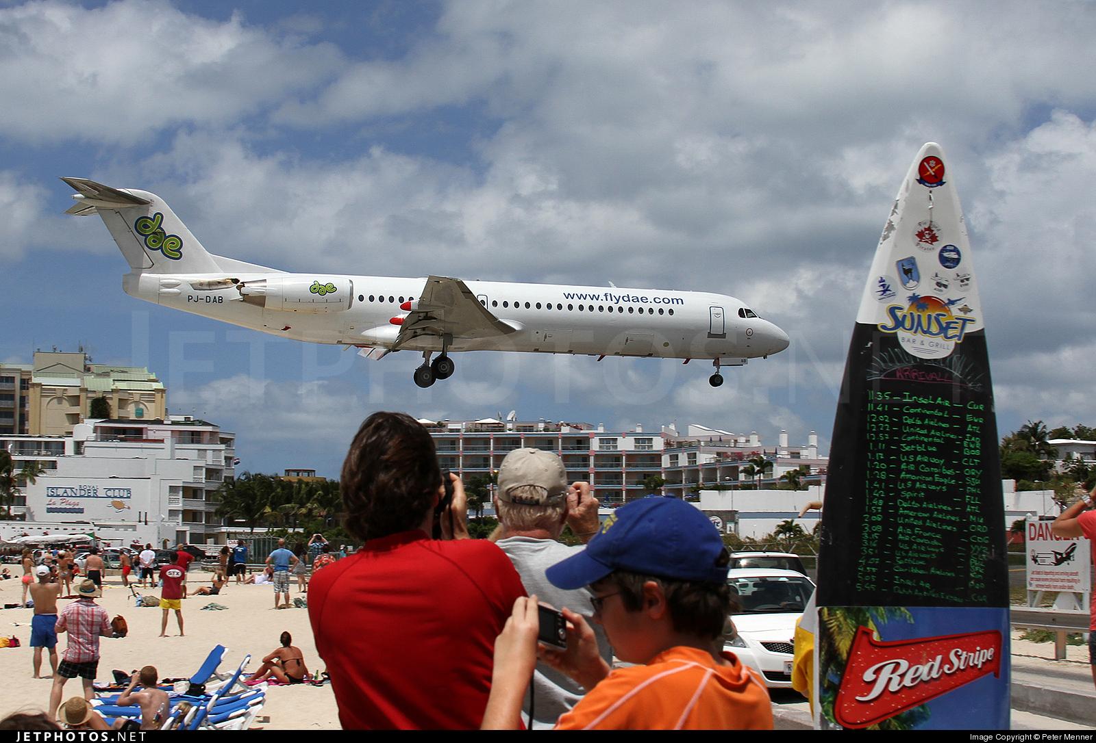 PJ-DAB - Fokker 100 - Dutch Antilles Express