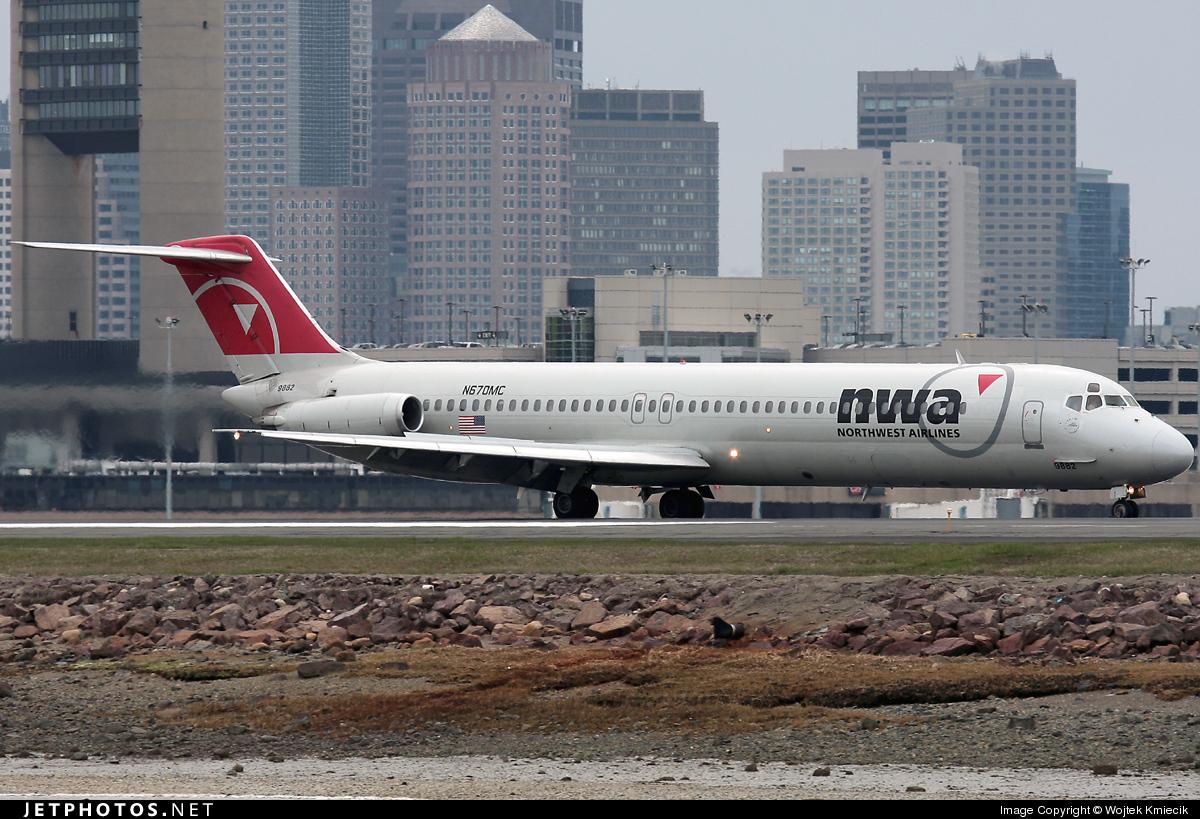 N670MC - McDonnell Douglas DC-9-51 - Northwest Airlines