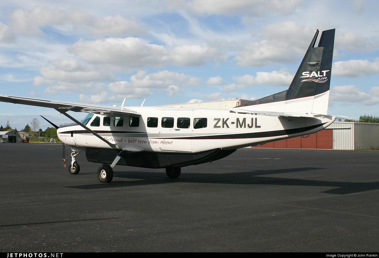 ZK-MJL - Cessna 208B Grand Caravan - Salt Air