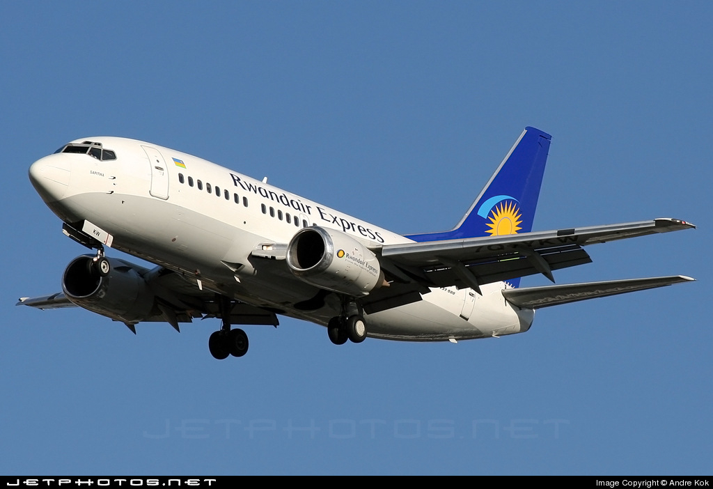 7Q-YKW - Boeing 737-522 - Rwandair Express