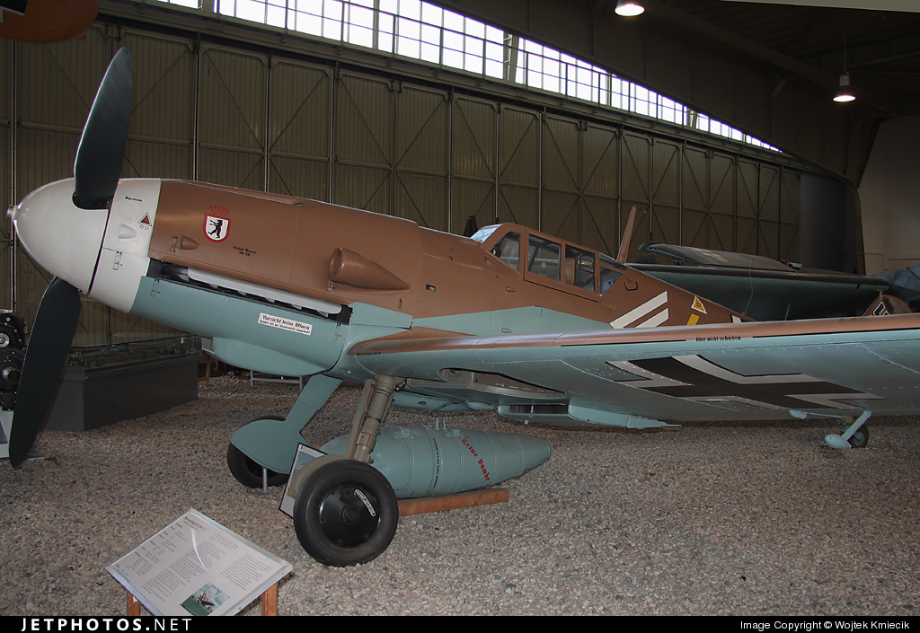 4 - Messerschmitt Bf 109G-2 - Germany - Air Force