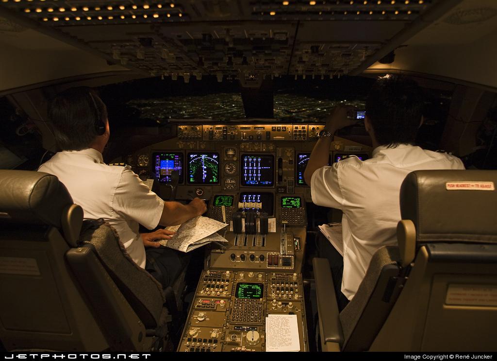 Ту204  фото видео характеристики самолета Ту204 и Ту214