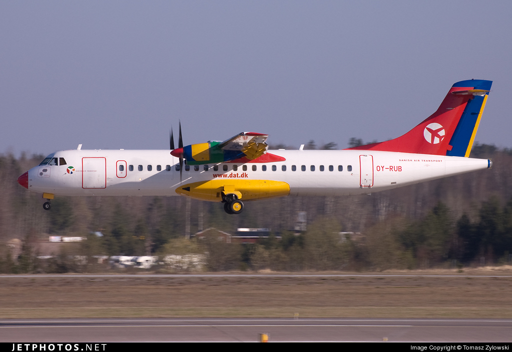 OY-RUB - ATR 72-202 - Danish Air Transport (DAT)